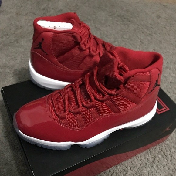 factory price b8001 f3da6 new retro Jordan 11's gym Red in a size 7 men's. NWT